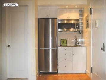 105 West 77th Street, 3B, Kitchen and Entry