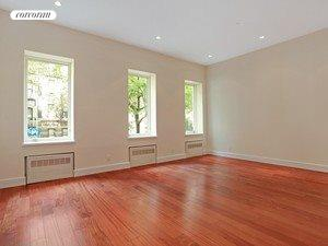 232 East 50th Street, 1, Living Room