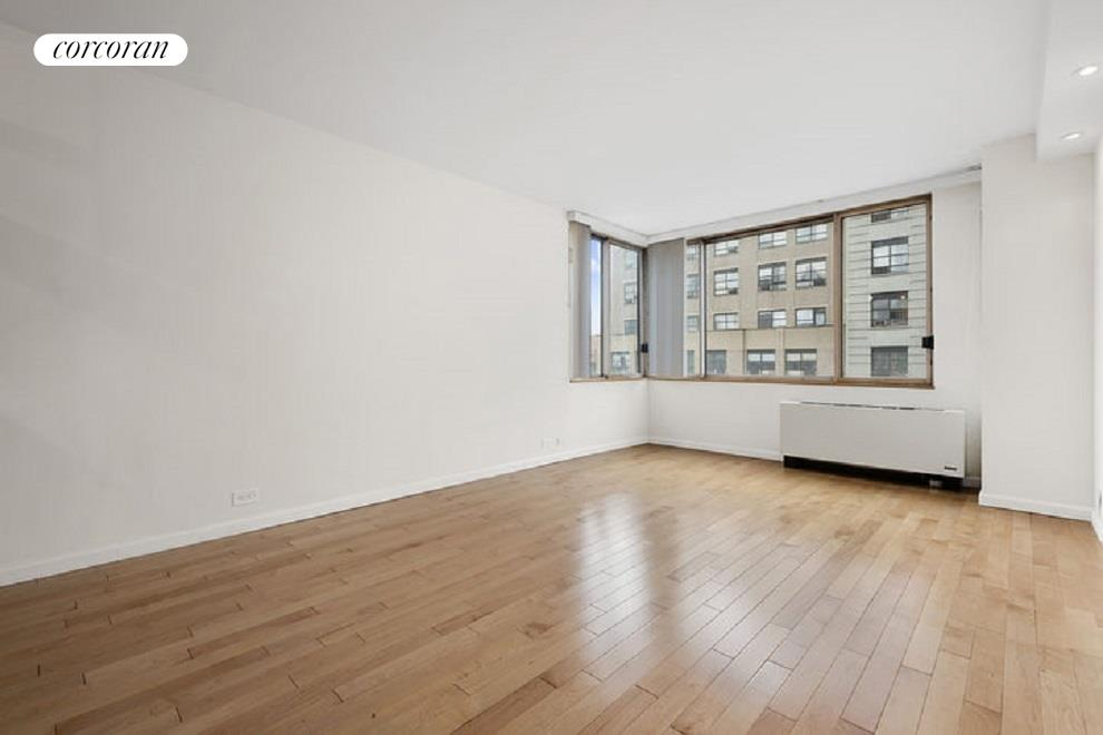350 West 50th Street, 8G, Living Room