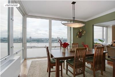 220 Riverside Blvd, 32D, Dining Room