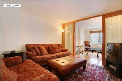 155 West 68th Street, 1815, Living Room