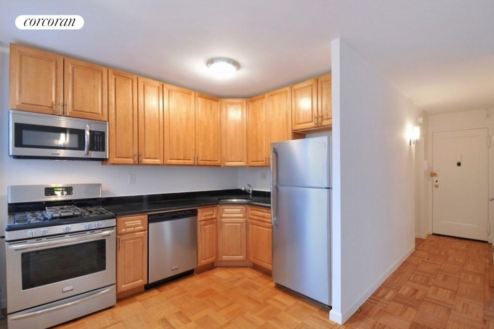 New York City Real Estate | View 361 Clinton Avenue, #3A | room 4