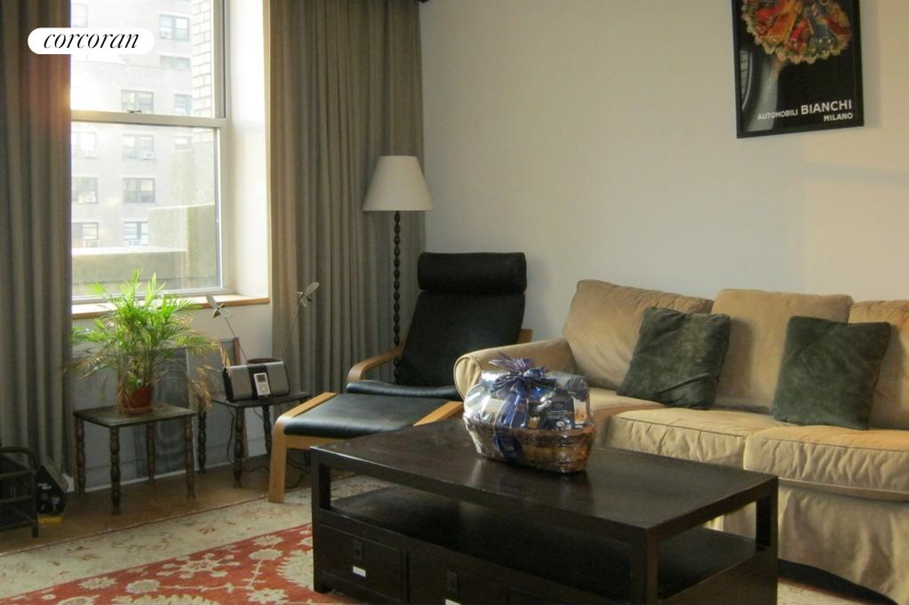 253 West 73rd Street, 7B, Living Room