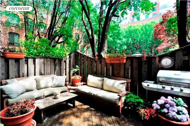 420 12th Street, Outdoor Space