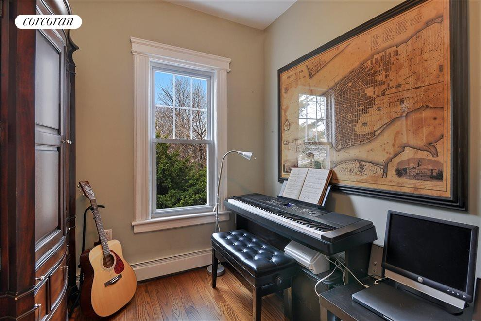 Music room, office or guest bed room
