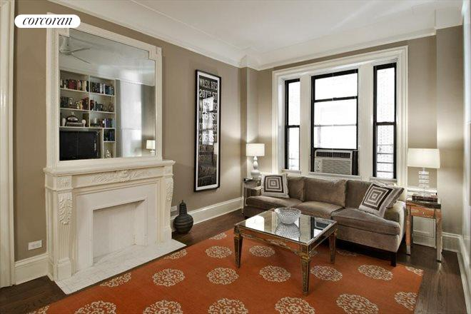 490 West End Avenue, 2F, Living Room