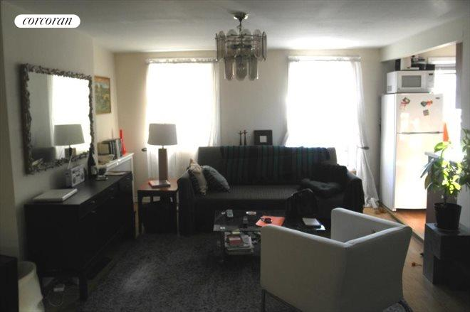 330 Union Street, 4, Living Room