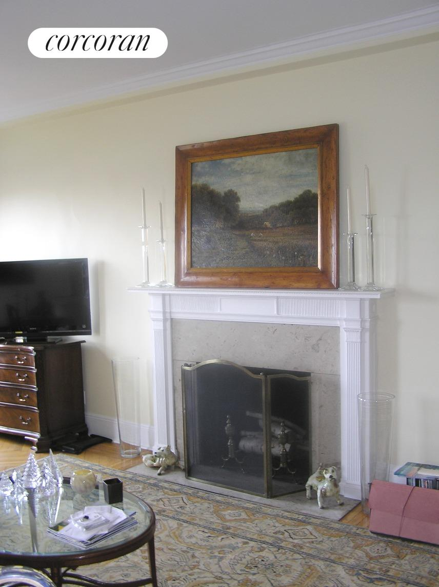 1150 Fifth Avenue, 14B, Living Room