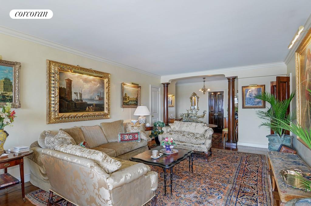 12 Beekman Place, 10A, Living Room