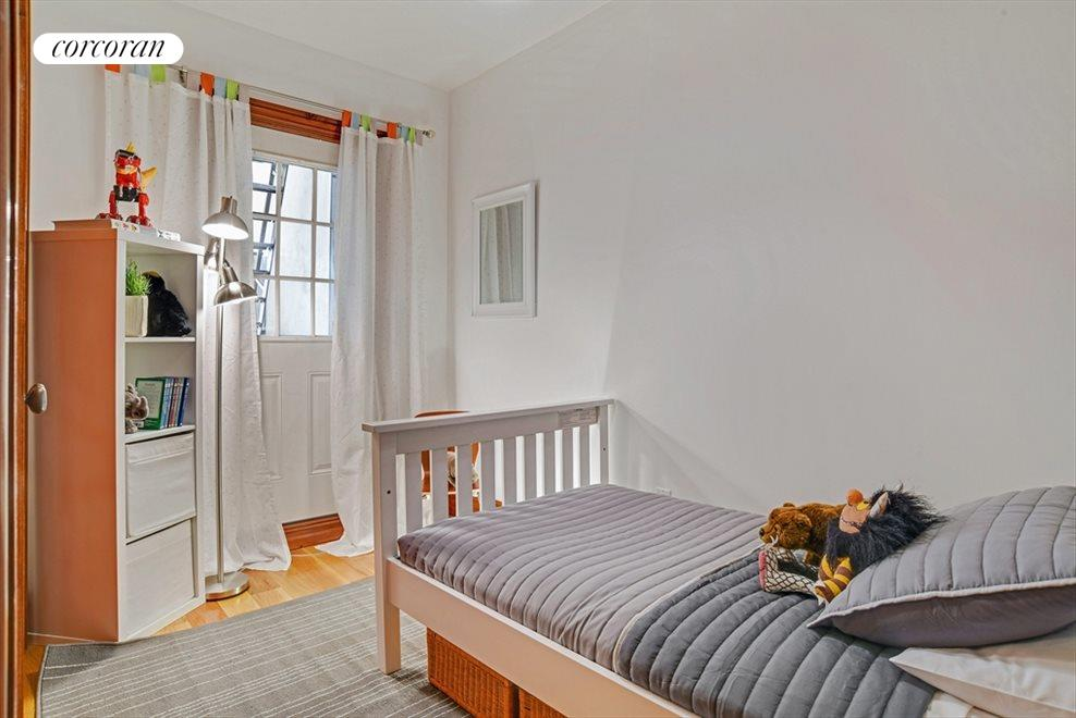 3rd Bedroom/Great Closets