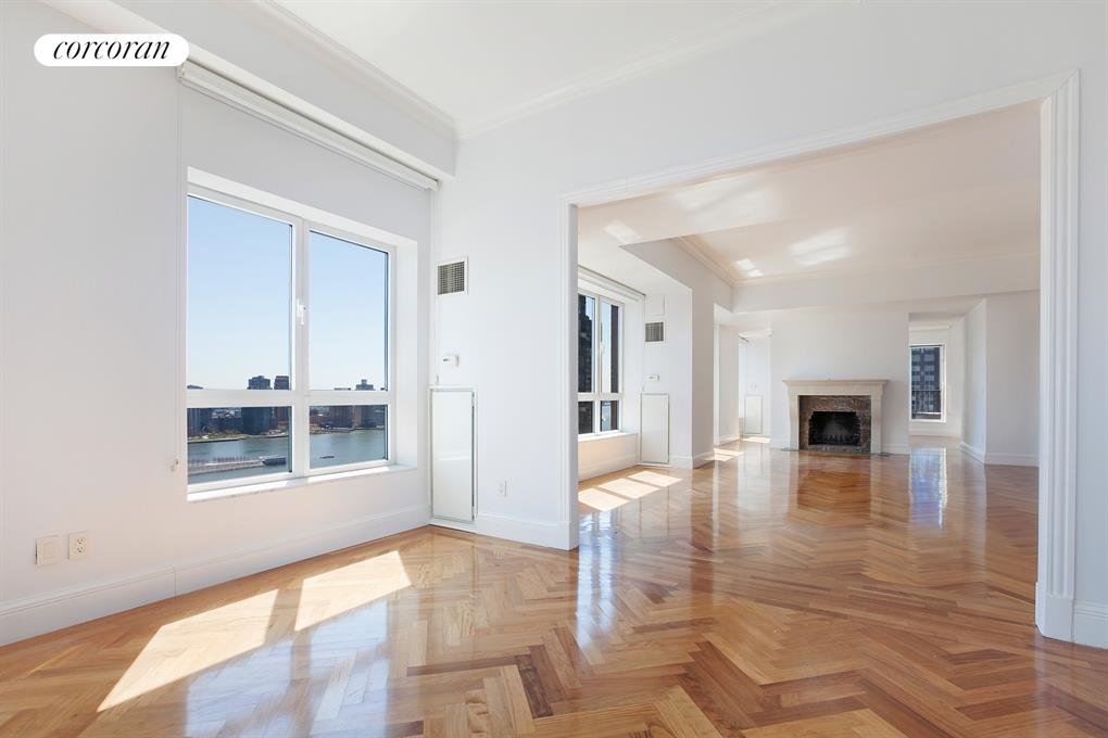 351 East 51st Street, PH8, bedroom