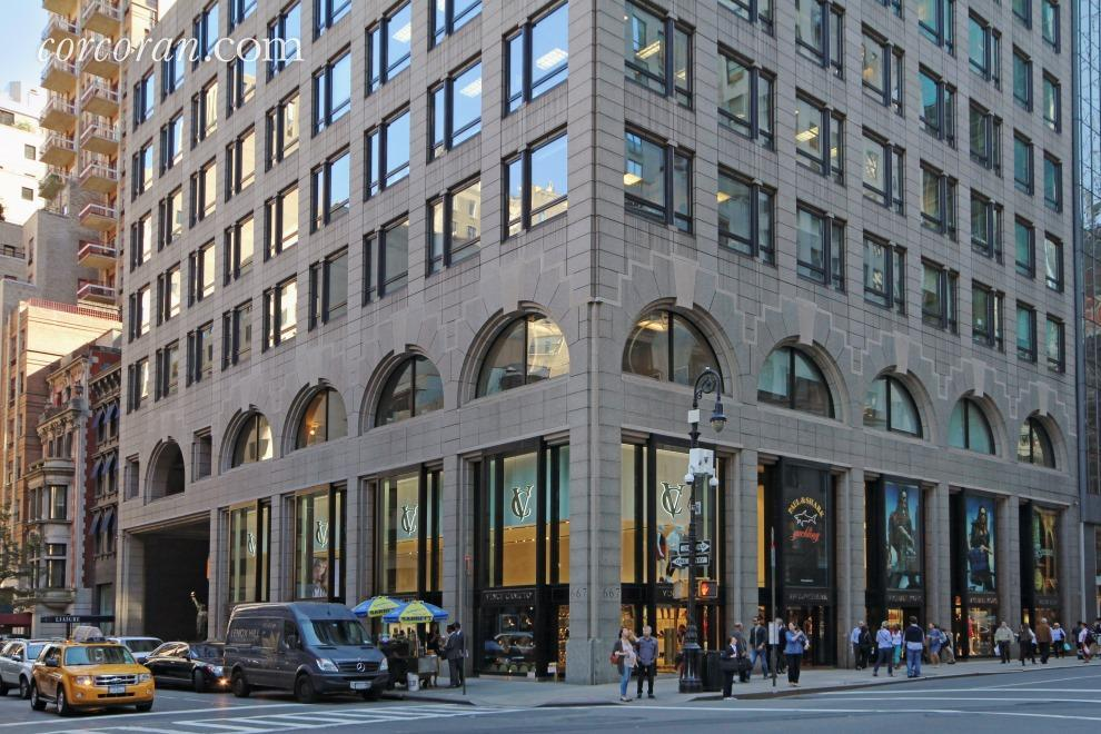 667 Madison Avenue, LL, Building Exterior