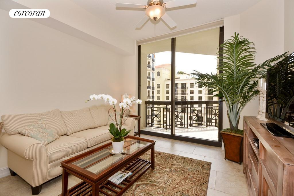 701 South Olive Avenue #1208, Outdoor Space