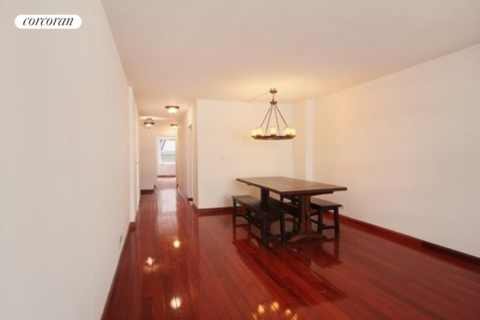 200 East 24th Street, 902, Dining Room