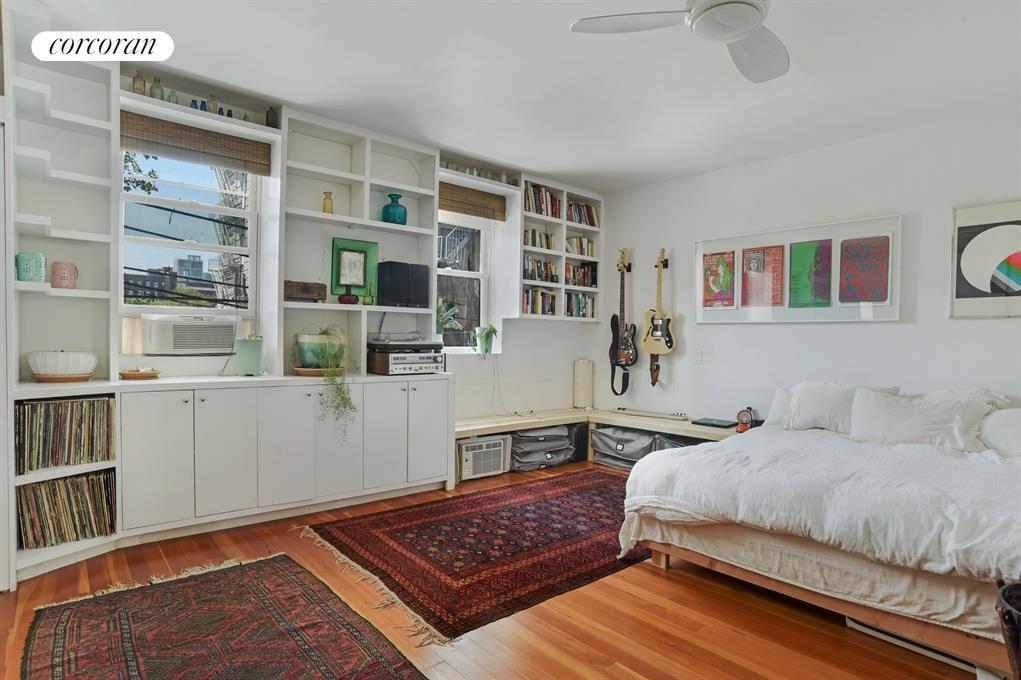 87 Hudson Avenue, 1, Sun Bathed Living Room