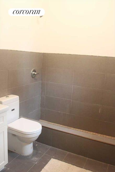 Full Bathroom and Washer/Dryer Hookup