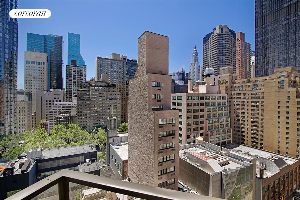 Corcoran 100 united nations plaza apt 17d midtown east for Rose real estate nyc