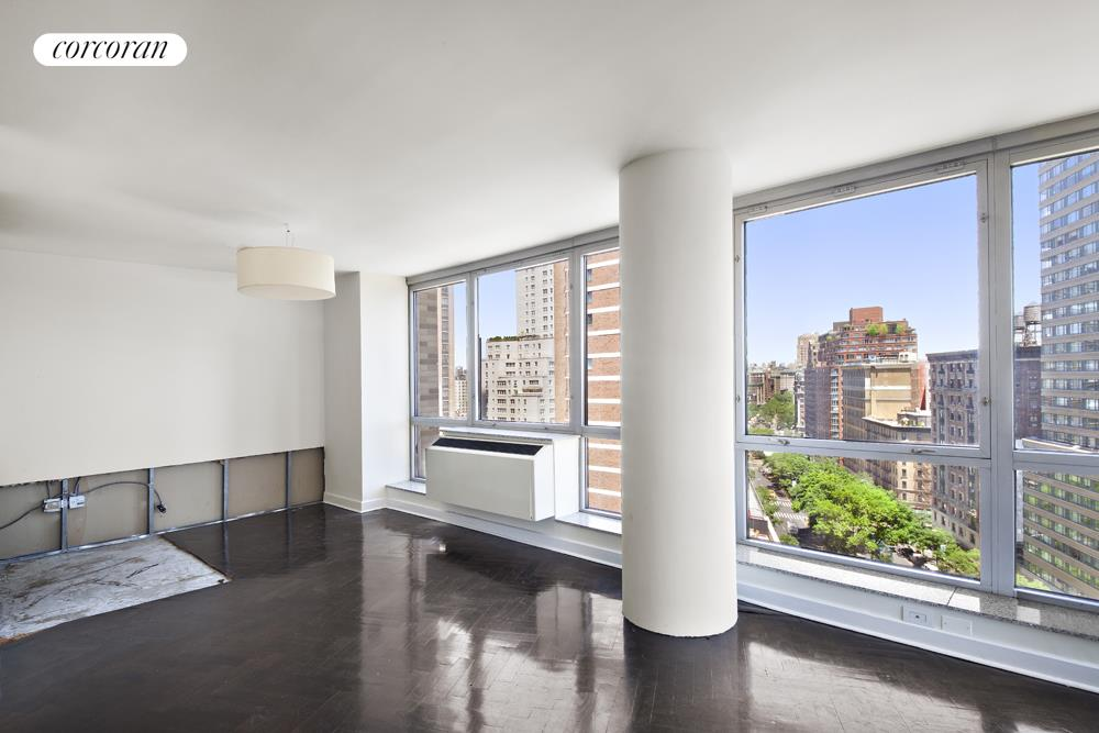 1965 Broadway, 15E, Living Room