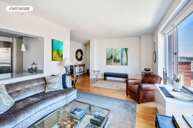 555 West 23rd Street, N12H, Living Room