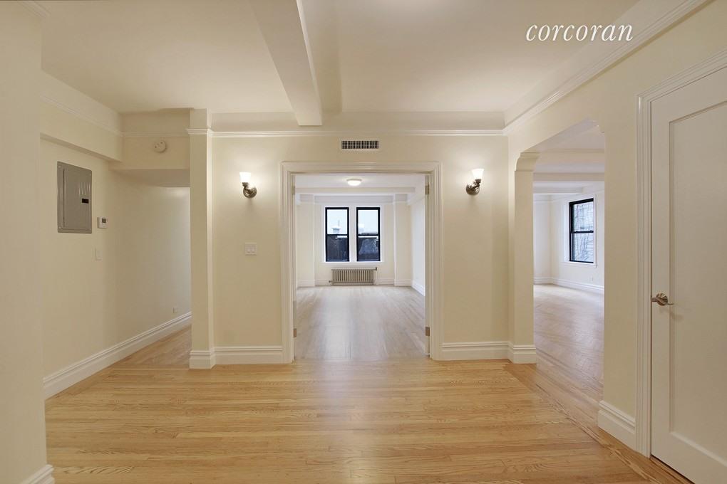 210 East 68th Street, Apt 5-C, Manhattan, New York 10065