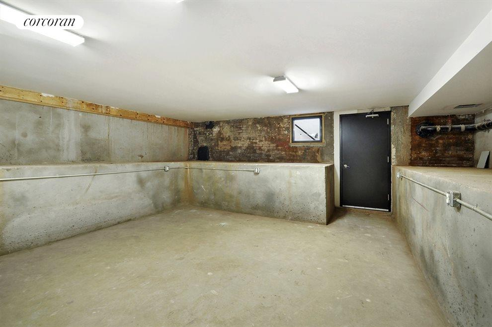 Full Height Basement