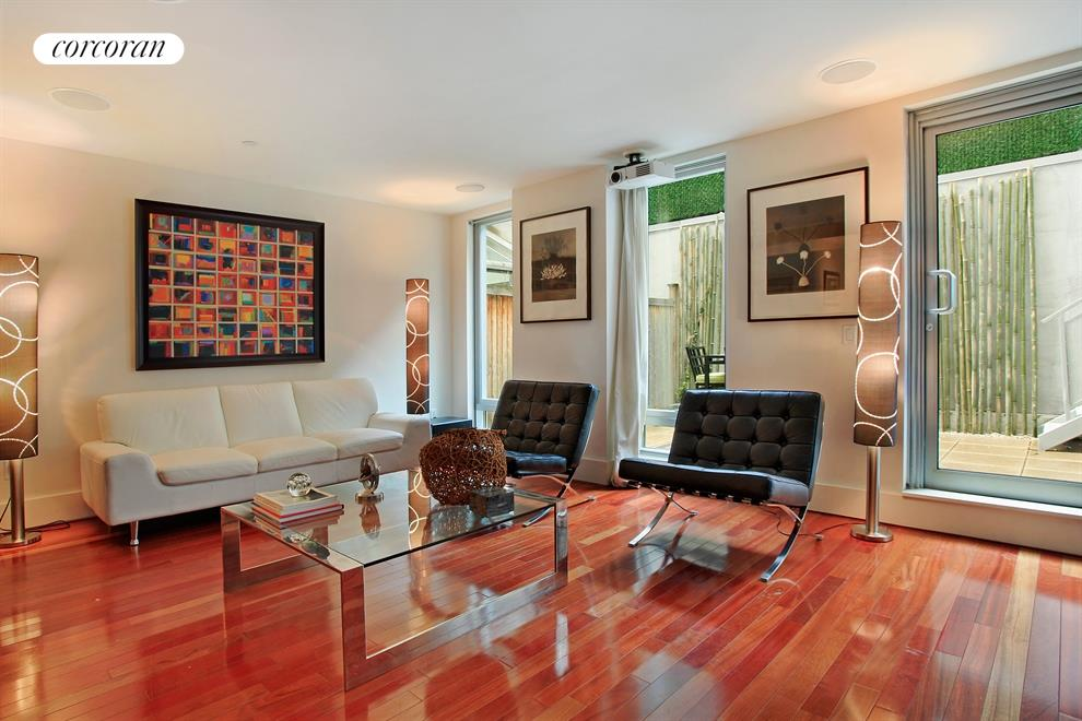 165 West 18th Street, 1A, Living Room