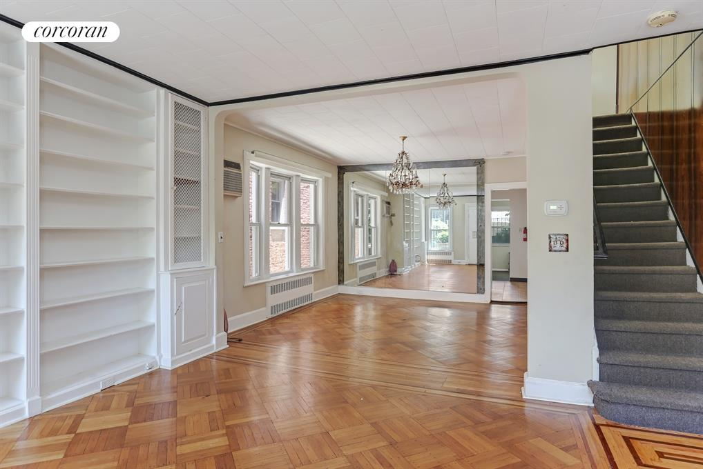 59 Sterling Street, South-Facing Spacious Master Bedroom