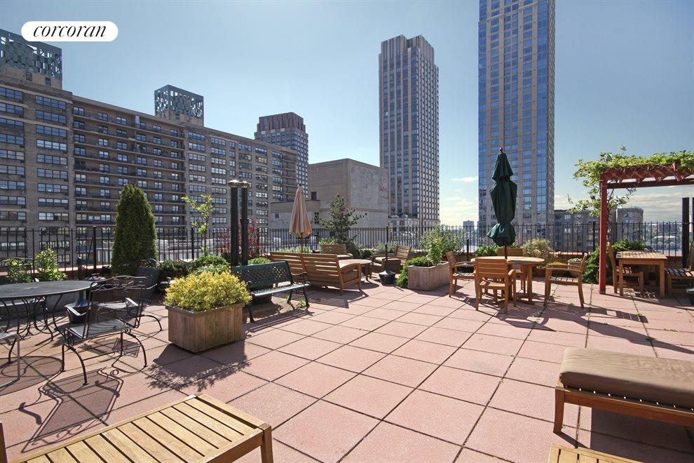 Roof deck with river views, gazebo