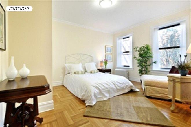 255 Eastern Parkway, D10, sunny