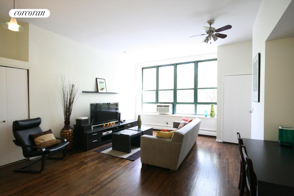 372 DeKalb Avenue, 3E, Living Room