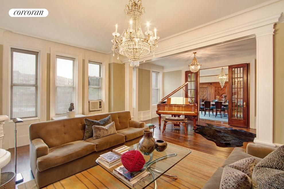 800 Riverside Drive, 4A, Living Room