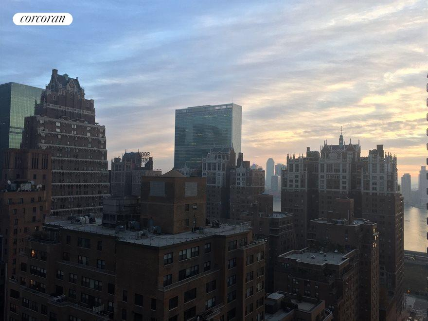 Beautiful evening sky & East River view