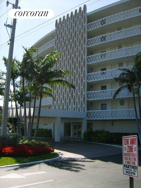 2505 South Ocean Blvd #505, House Exterior