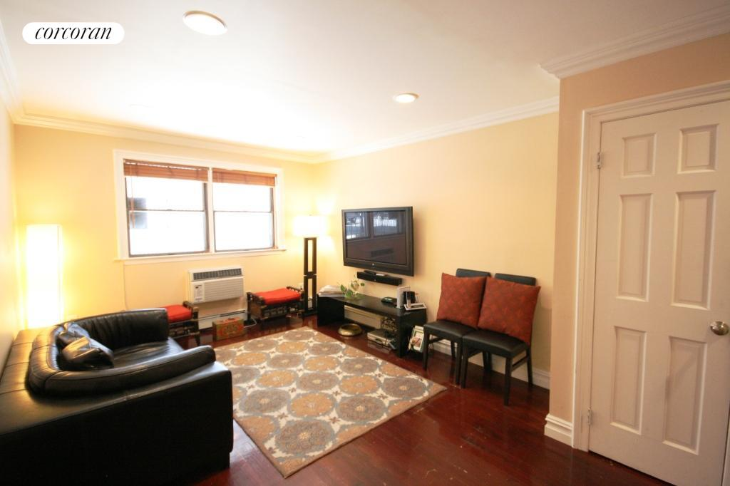 529 Clinton Street, 102B, Living Room