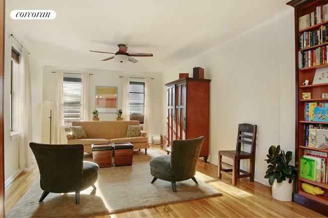 159-00 RIVERSIDE DRIVE WEST, 6H, Living Room