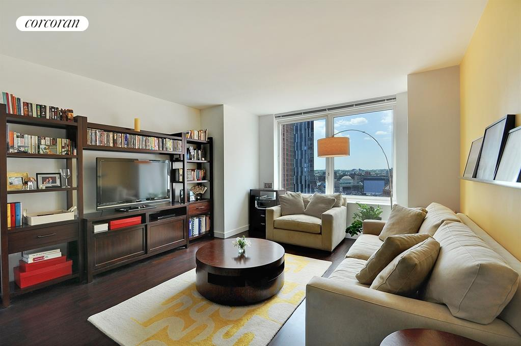 Corcoran 306 gold street apt 17d downtown brooklyn for The family room main street