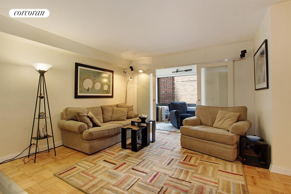 10 East End Avenue, 9D, Living Room