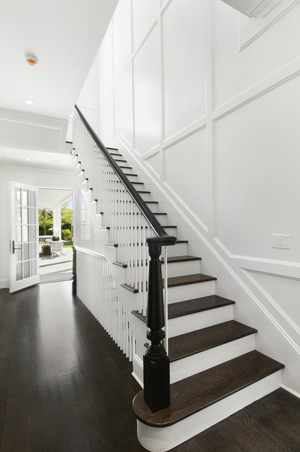 The Hamptons Real Estate | View 60 Herrick Road | Entry Foyer