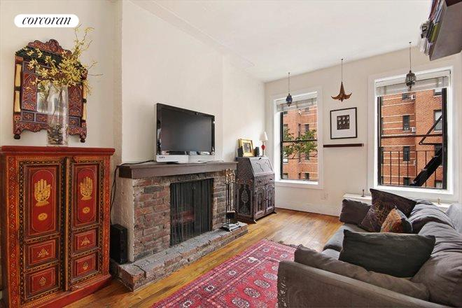 310 West 18th Street, 4A, Living Room