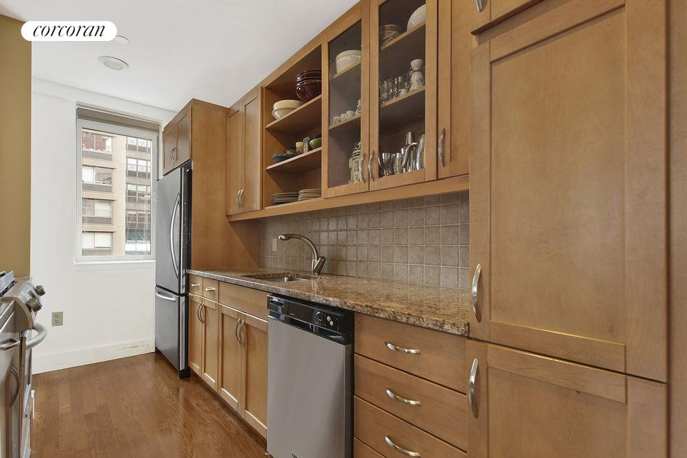 West 24th Street, 200_Apt. 8A, Manhattan (200_W_24_#8A_Kitchen_GBedoya)