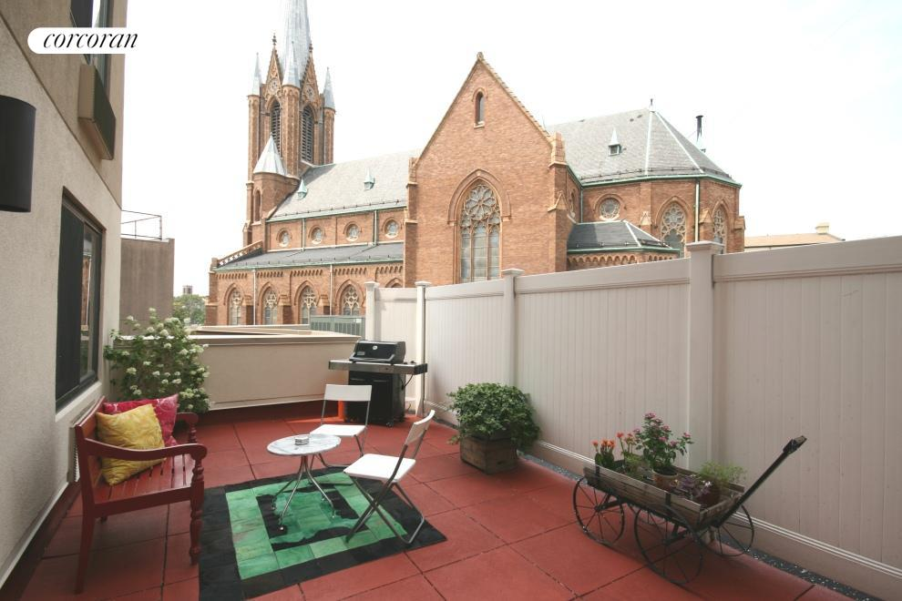 721 Flushing Avenue, 3C, Outdoor Space