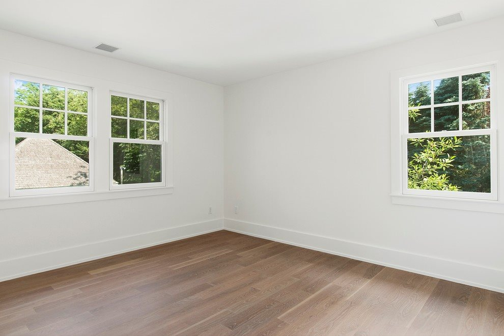 Guest bedroom unfurnished