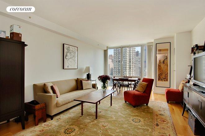 408 East 79th Street, 14B, Living Room