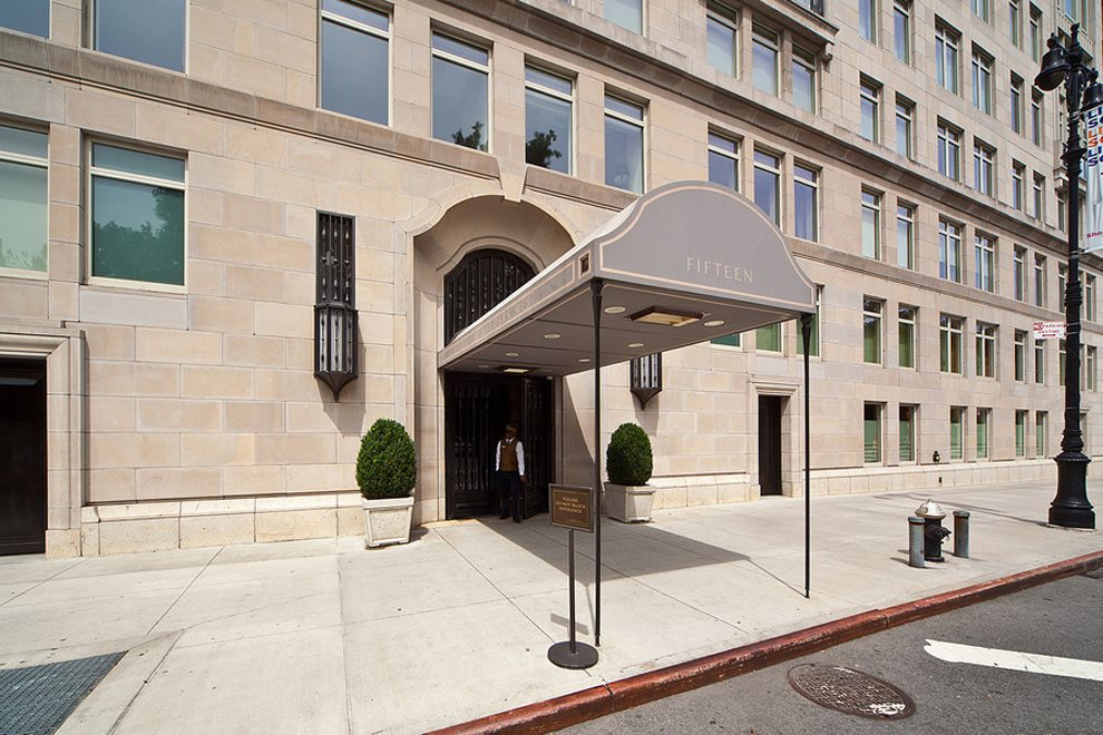15 Cpw Apartment Building | View 15 Central Park West | room 2