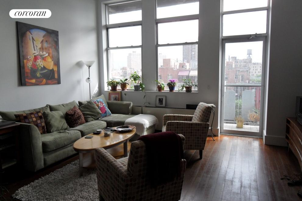60 Broadway, 4A, Living Room
