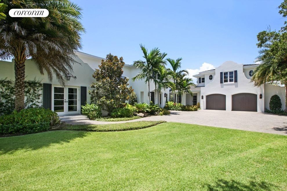 554 Palm Way, House Exterior