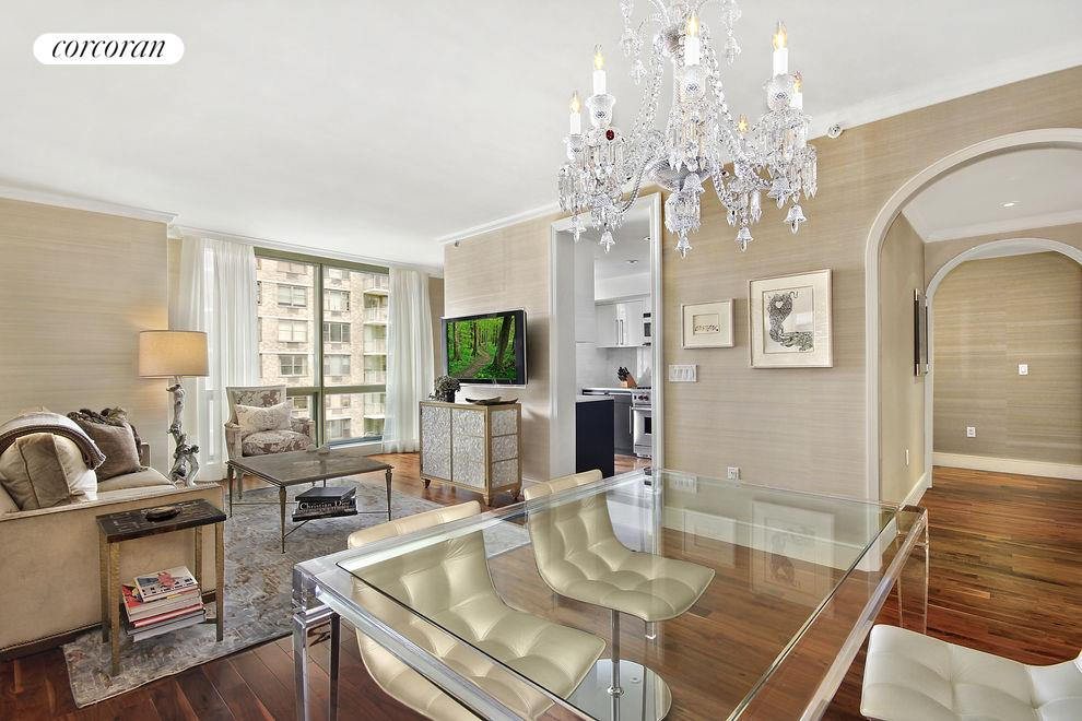 Corcoran 300 east 79th street apt 8c upper east side for Apartments for sale in manhattan upper east side