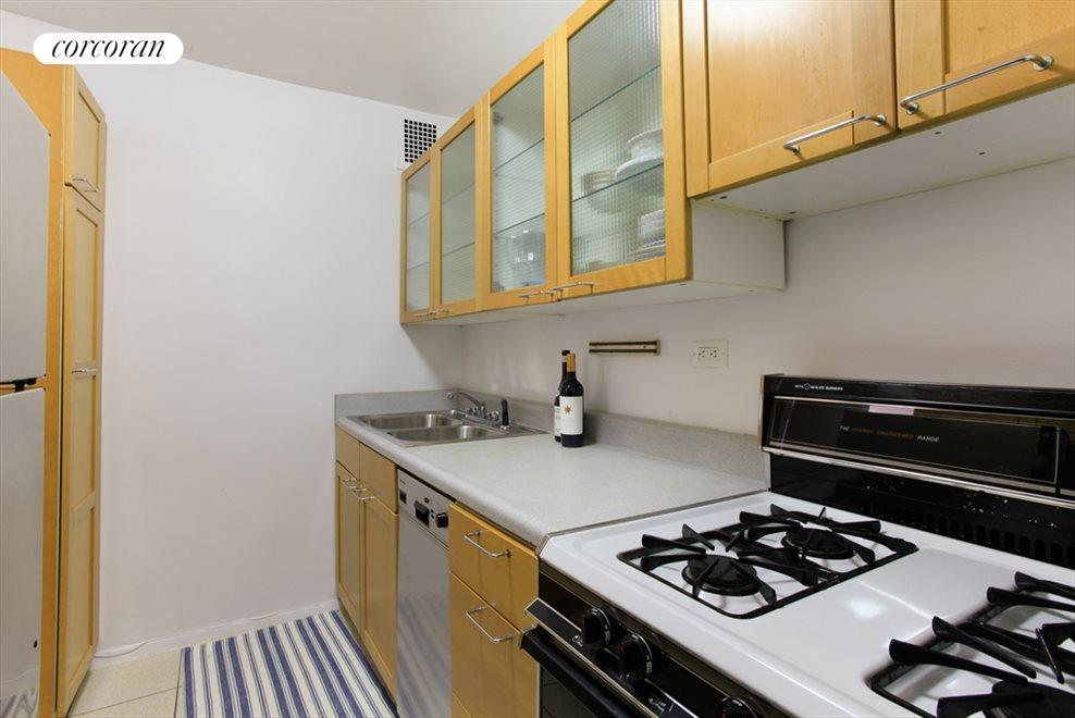 New York City Real Estate | View 170 West End Avenue, #17S | Kitchen