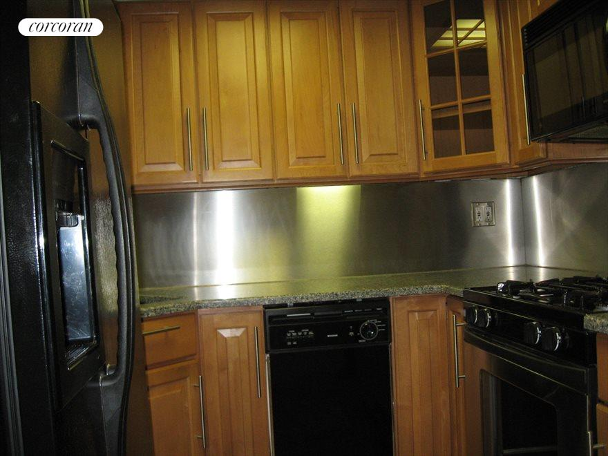 Kitchen with state of the art appliances