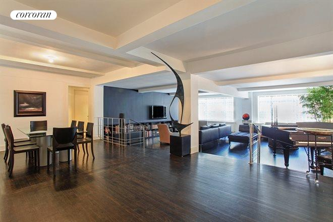 170 East 77th Street, 6A, Living Room